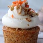 carrot cake cupcake, white wood background